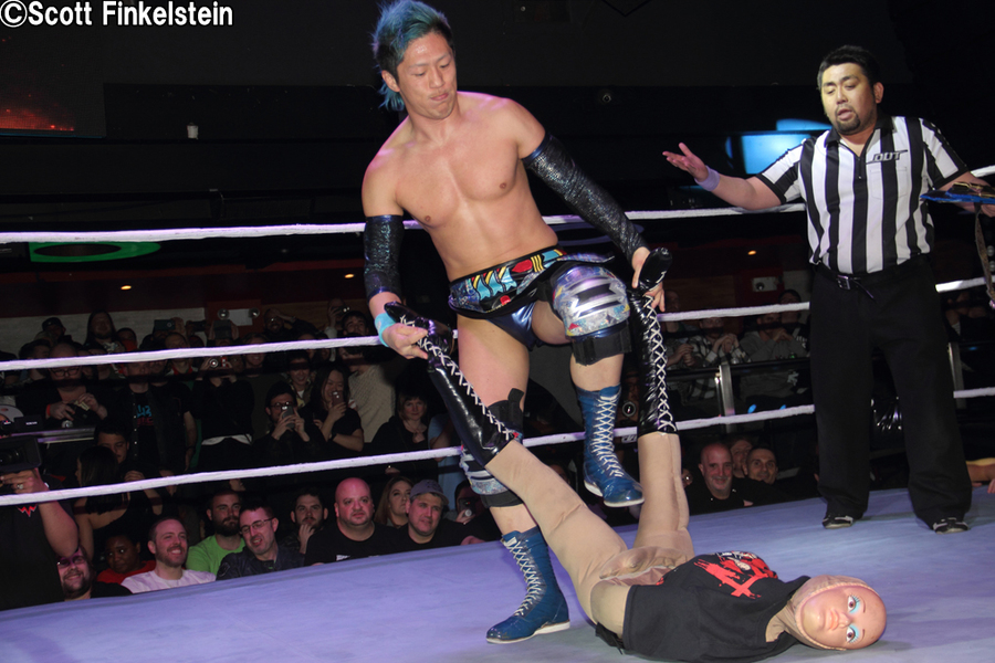 "DDT: ""DDT is Coming to América"" Tetsuya Endo se corona 3"