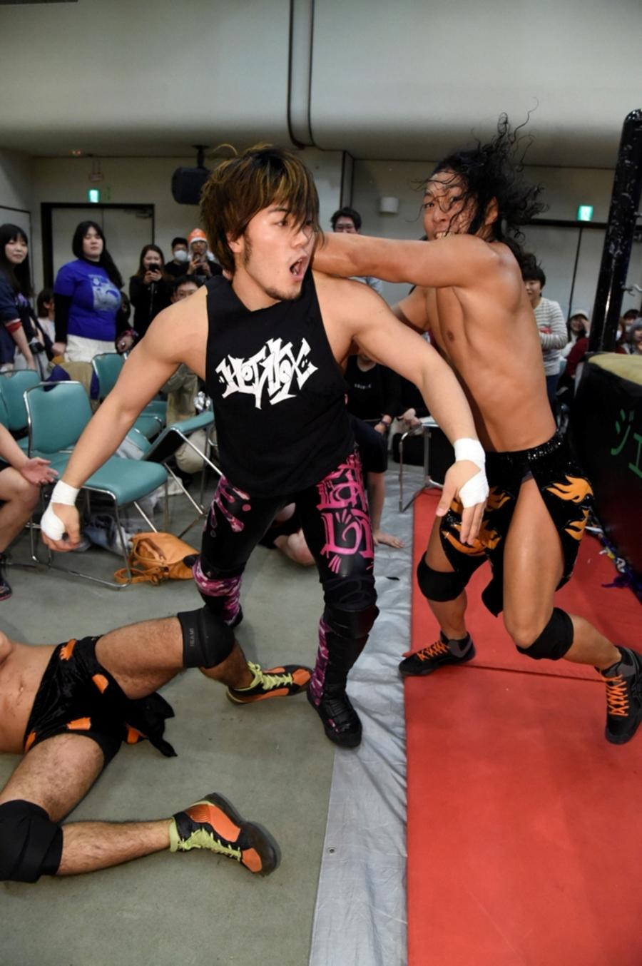 "DDT: ""King of DDT 2019"" Inicia la batalla 6"