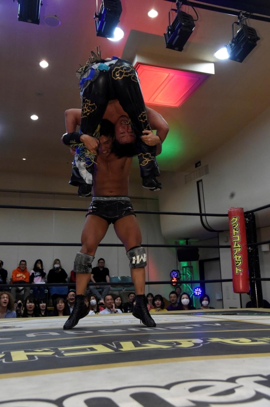 "DDT: ""King of DDT 2019"" Inicia la batalla 5"