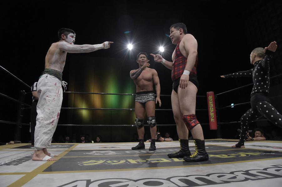 """DDT. """"Golden DDT Theatre 2019"""" Akito es nuevo monarca extremo 5"""