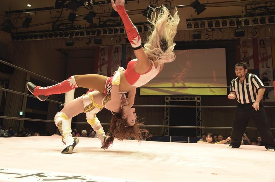 "JTP: ""Brandnew Wrestling 3"" Natsumi Maki gana título internacional 4"