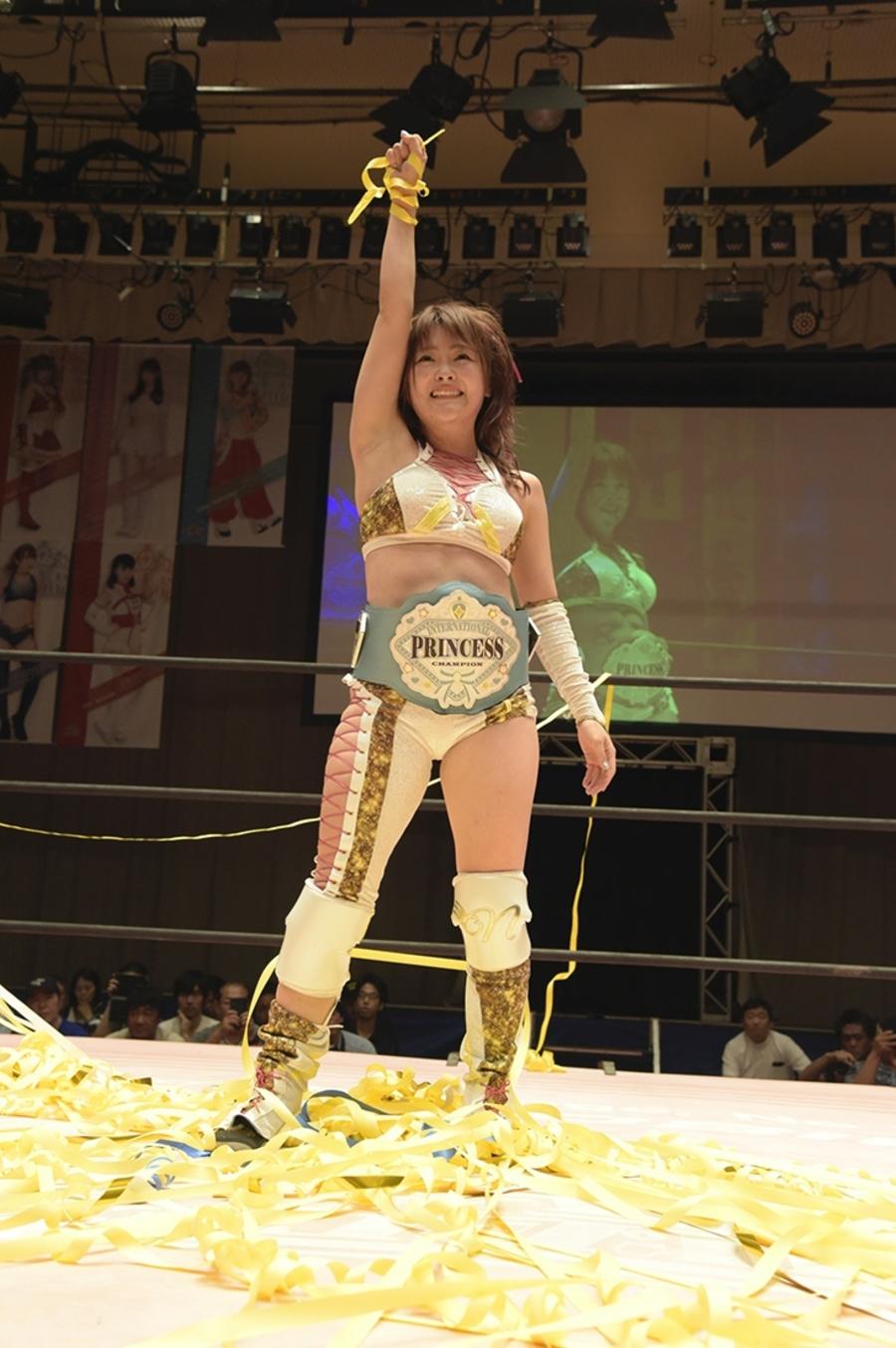 "JTP: ""Brandnew Wrestling 3"" Natsumi Maki gana título internacional 5"