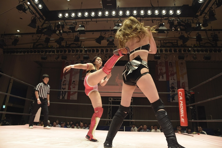 "JTP: ""Brandnew Wrestling 3"" Natsumi Maki gana título internacional 7"