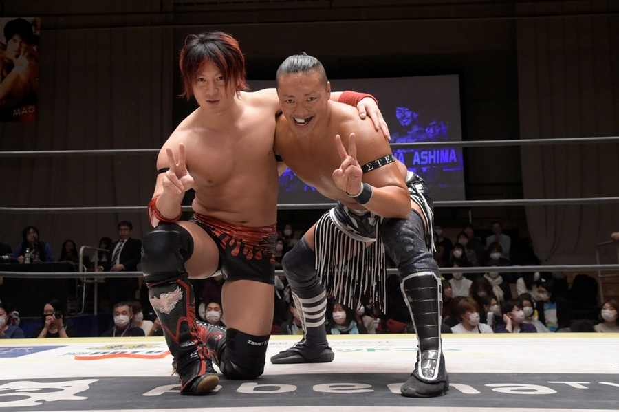 "DDT: ""Into the Fight 2020"" Chris Brookes y Masato Tanaka, monarcas 3"