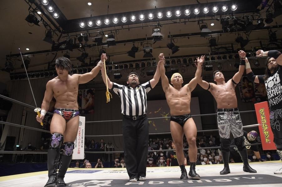 "DDT: ""Into the Fight 2020"" Chris Brookes y Masato Tanaka, monarcas 4"