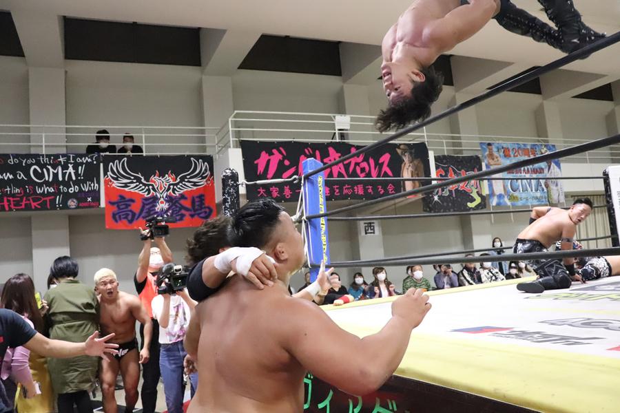 "DDT: ""Dramatic Hyakumangoku! 2020"" Business Alliance se coronan 4"
