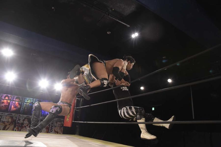 """DDT: """"DDT TV Show! #3"""" Tetsuya Endo es retador al título principal 6"""