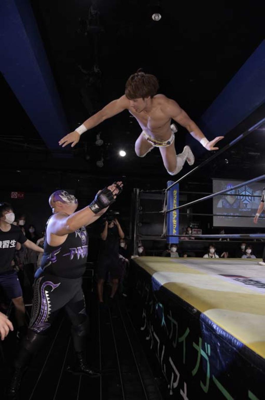 """DDT: """"DDT TV Show! # 7"""" New monarchs of thirds 4"""