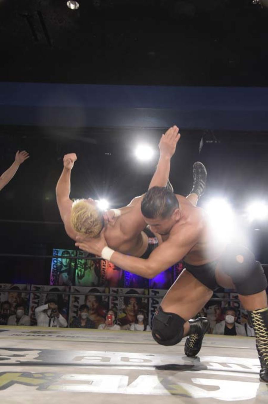 """DDT: """"DDT TV Show! # 7"""" New monarchs of thirds 6"""